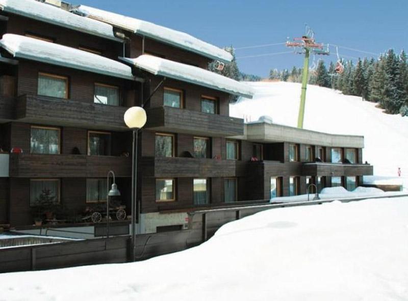 Hotel Residence Roda Exterior
