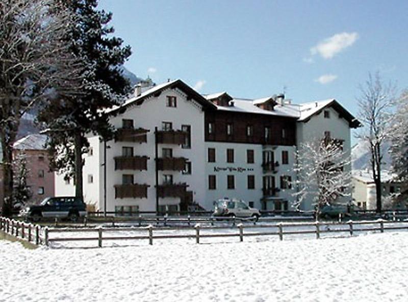 Hotel Villarina Exterior